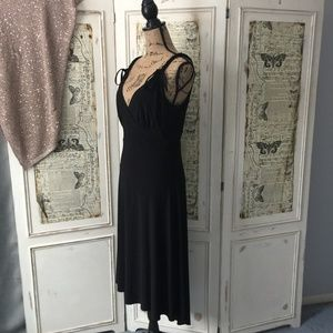 Bisou Bisou black deep v-neck dress Sz 10
